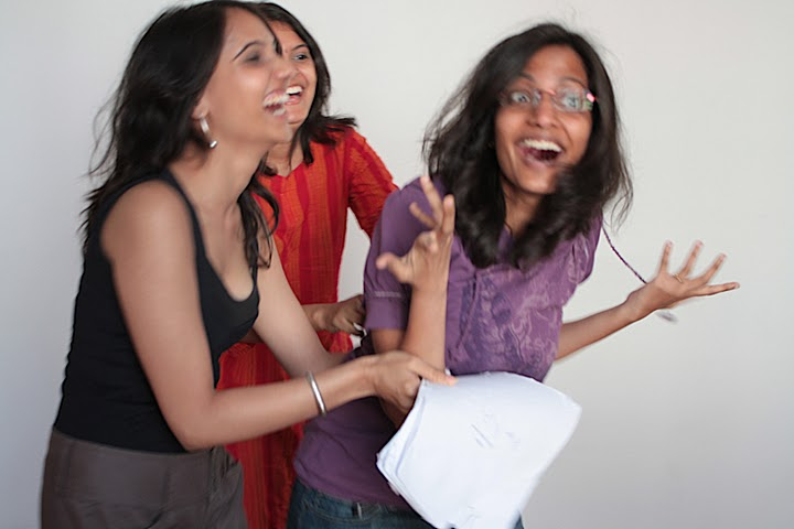 Shweta & Shilpa (with Poorna in the background)